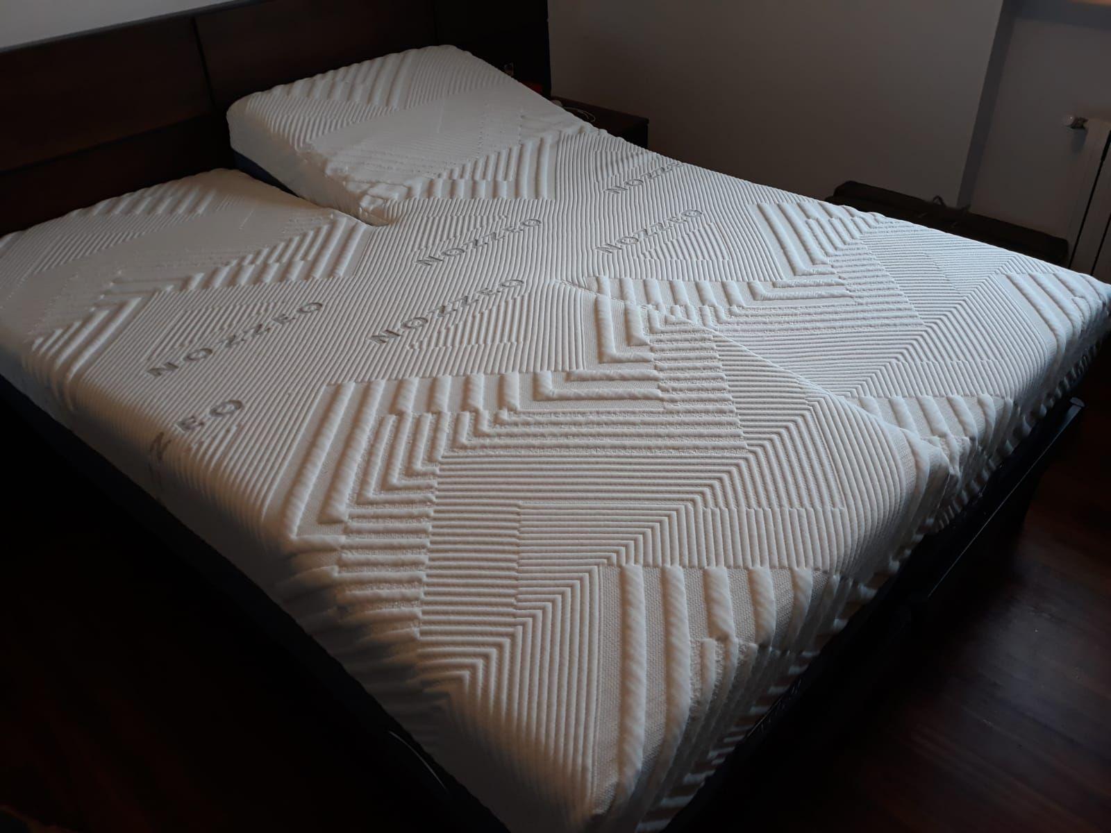 Colchón para cama articulada doble.